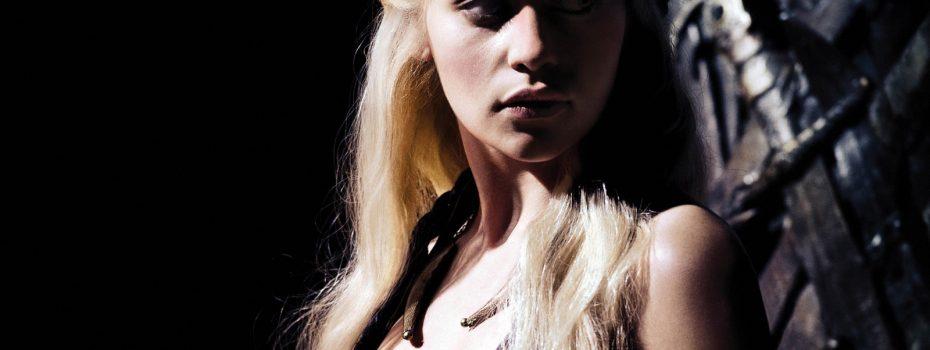 Daenerys-Targaryen-tv-female-characters-31019658-1600-1200